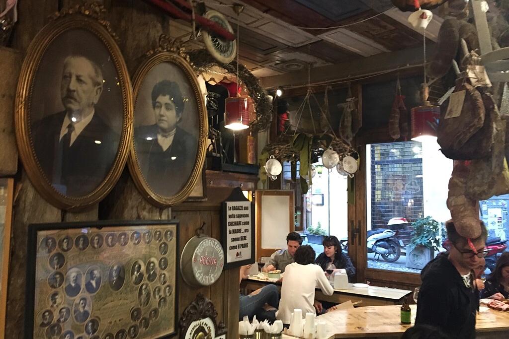 Iets drinken en eten in Bologna - La Prosciutteria