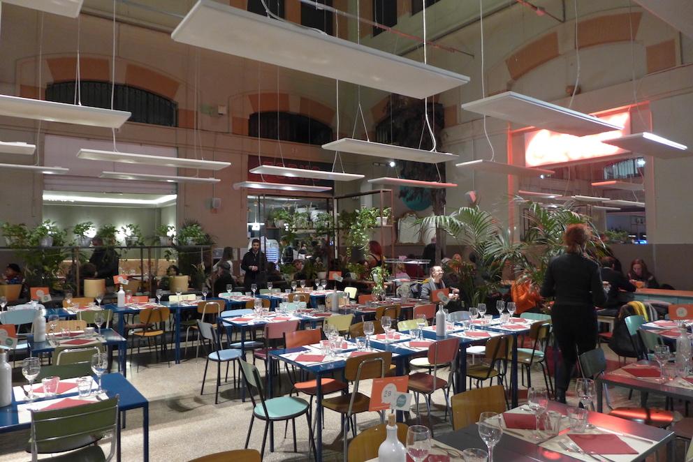 Iets drinken en eten in Bologna - Mercato delle Erbe