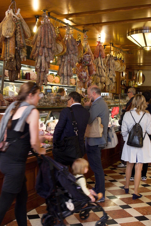 Iets drinken en eten in Bologna - Tamburini