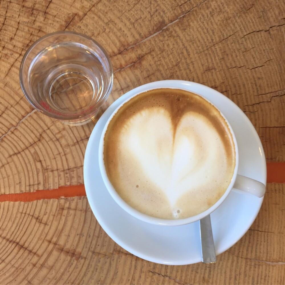 Italiaanse gebruiken -- een glaasje water bij je cappuccino