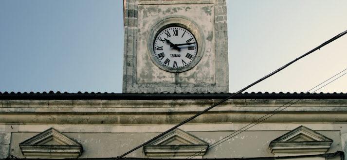 Italiaanse taal: ora solare