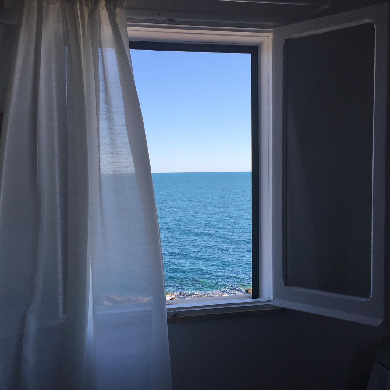Kamer met zeezicht in bed & breakfast Punta Cutieri in Gallipoli, Puglia