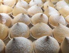 Puglia voor zoetekauwen: tette delle monache