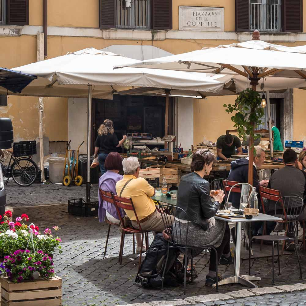 Restaurants in Rome: open in augustus
