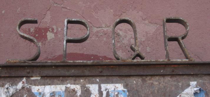 SPQR in de straten van Rome