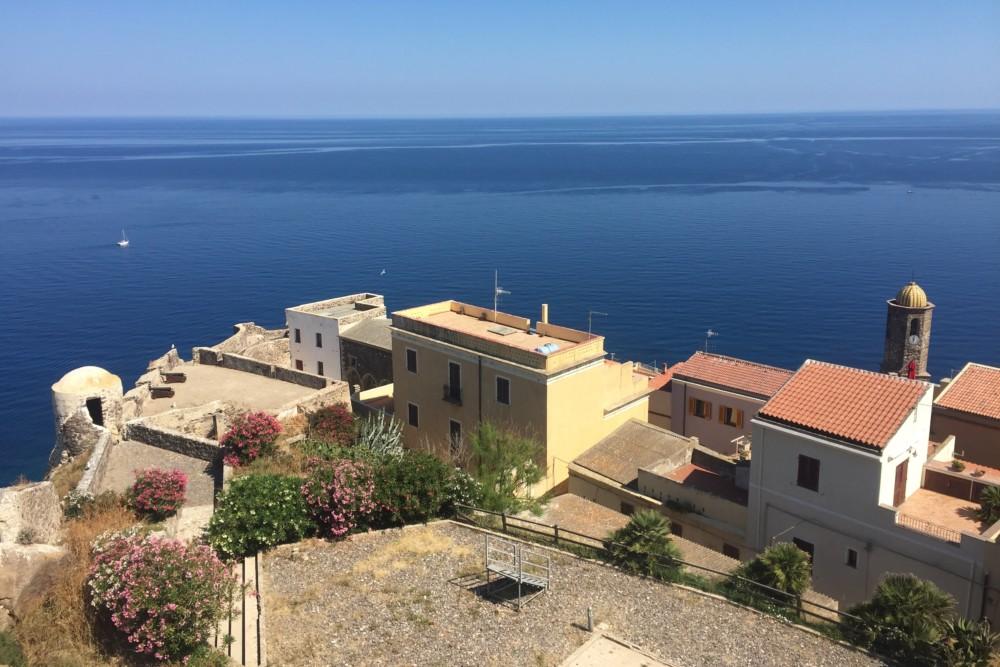Uitzicht vanaf het kasteel van Castelsardo op Sardinië