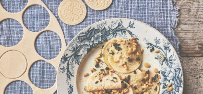 corzetti uit het kookboek Pasta Grannies