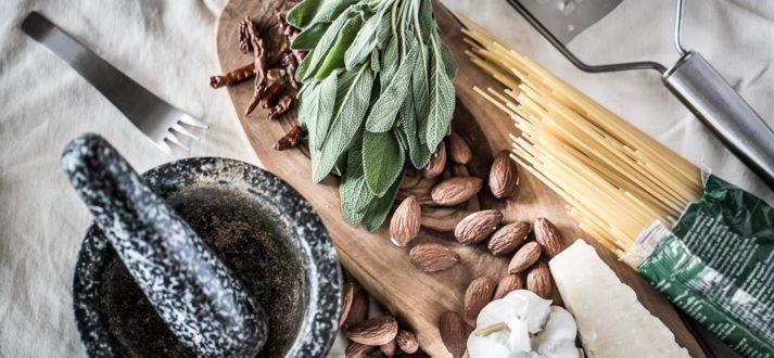 ingrediënten voor spaghetti met saliepesto