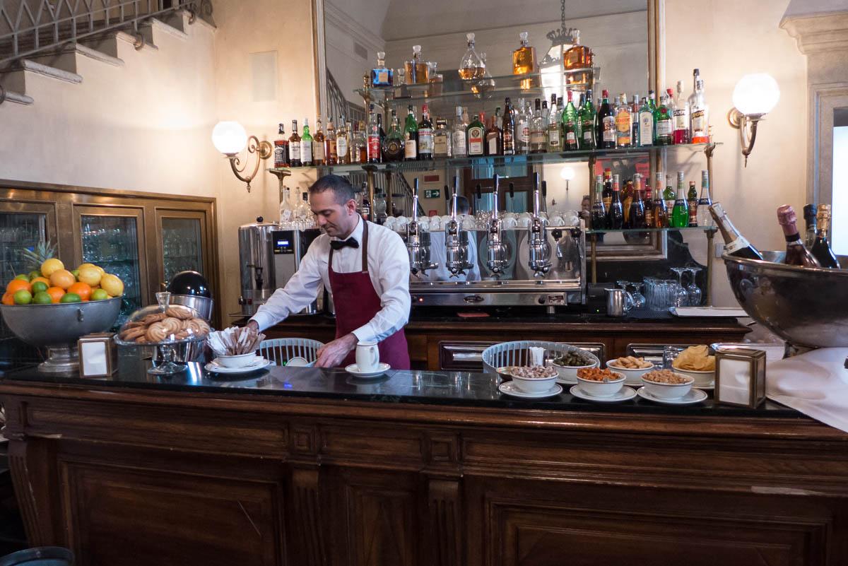 Italië-tips_van_locals_Milaan_Giacomo_Caffè